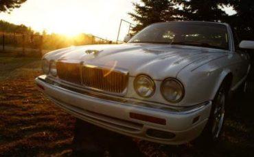 Samochód do ślubu – Jaguar XJ6