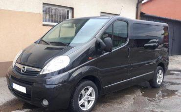Opel Vivaro 6 osób, hak